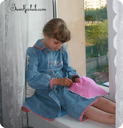 Kate-sewing_01