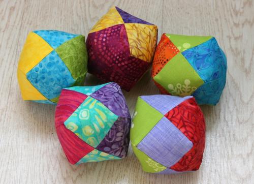 Batik_balls